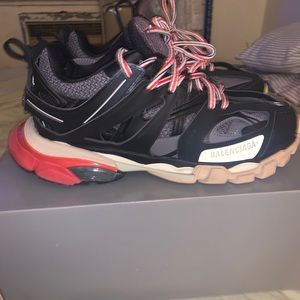 Balenciaga Track (Black, Red, beige)